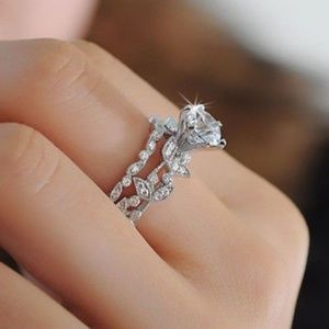 Jewelry - 925 Sterling Silver Diamond 2pc Ring